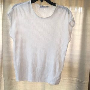 Ladies top. Great condition